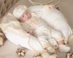 Костюм на крестины для мальчика Янгол-2 молочный