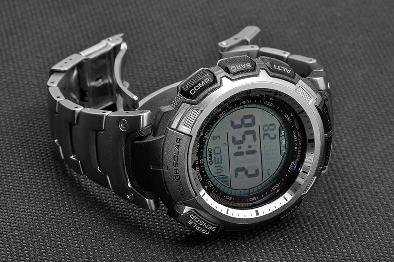 Часы касио мужские титановый корпус