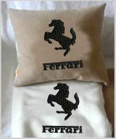 Плед в чехле с логотипом Ferrari
