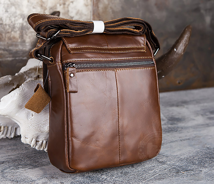 BAG434-2 Небольшая кожаная сумка с ремнем на плечо фото 07