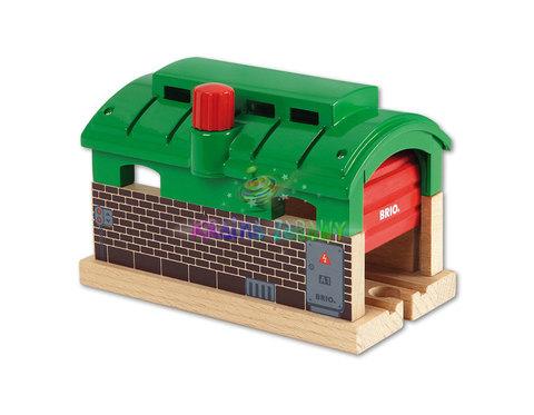 BRIO 33574 Депо с механическими дверями
