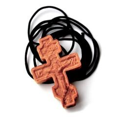 Крест нательный деревянный на шнурке.