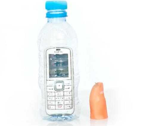 Телефон в бутылке