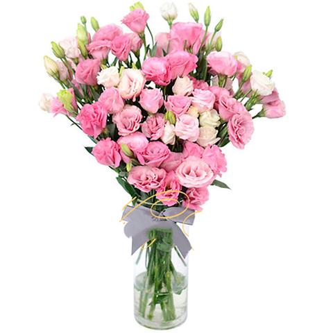 Букет из розовых лизиантусов