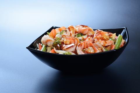 Креветка с овощами