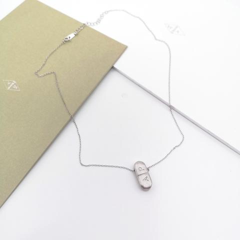 Колье из серебра с подвеской A|P