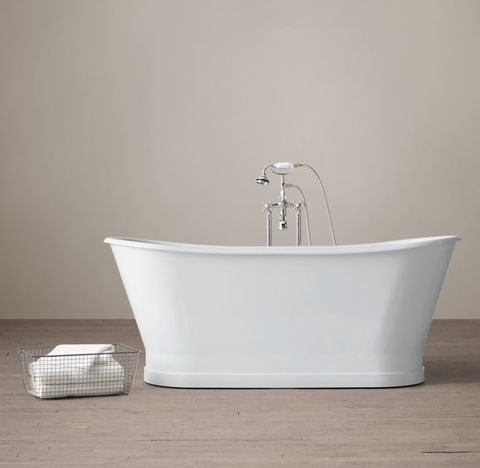 Piedmont Pedestal Soaking Tub with Cross-Handle Tub Fill