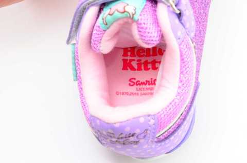 Светящиеся кроссовки для девочек Хелло Китти (Hello Kitty) на липучках, цвет сиреневый, мигает картинка сбоку. Изображение 12 из 12.