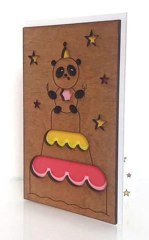 Панда на торте