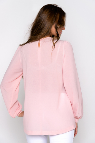 Утонченная, очаровательная блузка свободного кроя. (Длины: 44-69см; 46-70см; 48-71см; 50-72см; 52-73см)