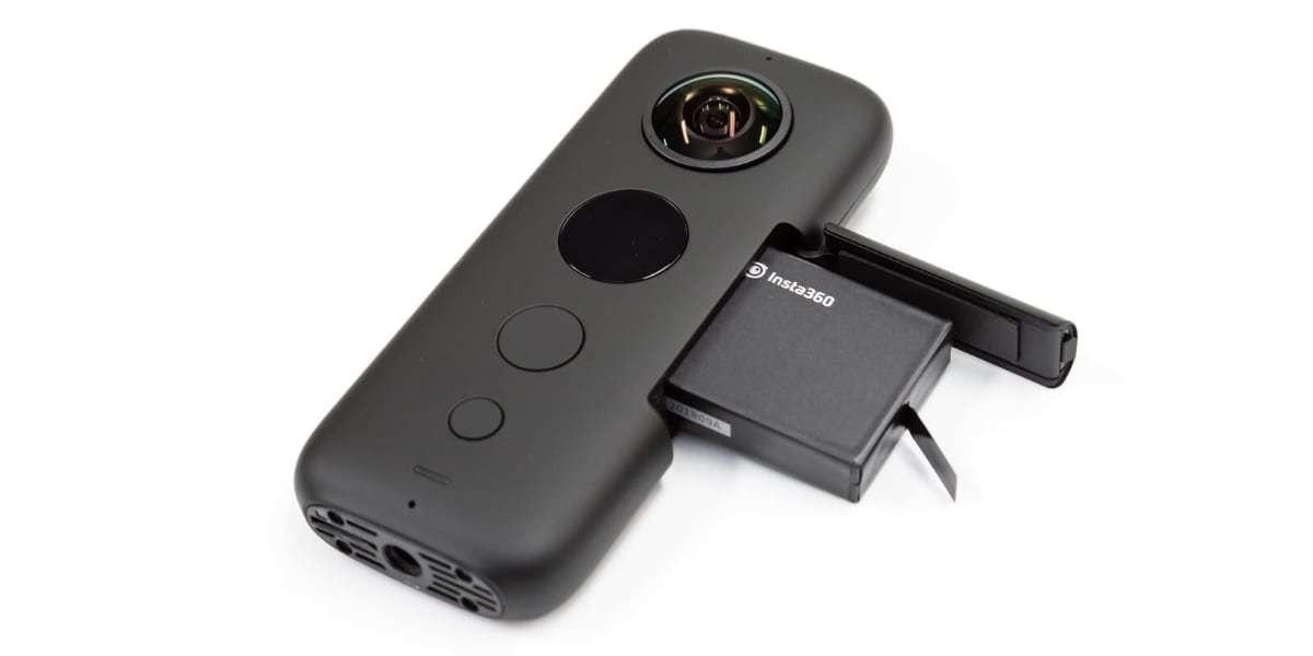 Камера панорамная Insta360 ONE X аккумулятор