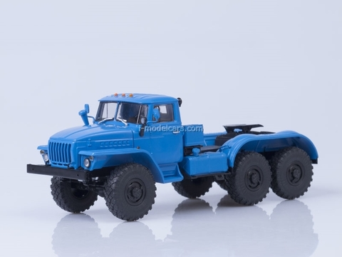Ural-4420 truck tractor 1:43 AutoHistory