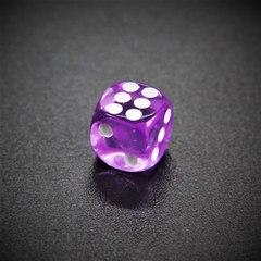 Кубик D6: прозрачный сиреневый