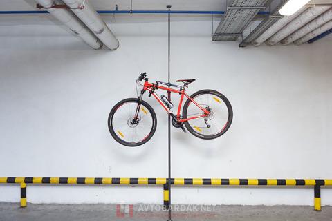 Комплект для крепления 1 велосипеда на телескопической распорке