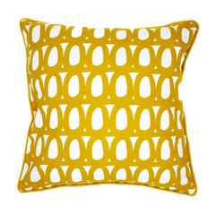 Чехол для подушки с принтом Twirl горчичного цвета и декоративной окантовкой Cuts&Pieces 45х45 Tkano