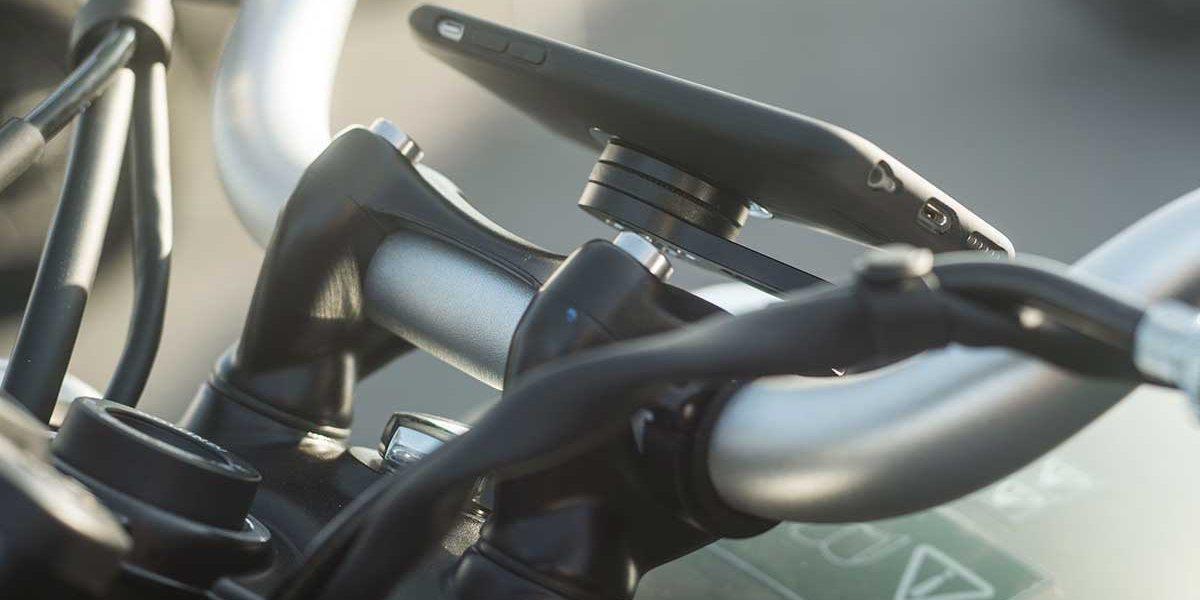 Крепление для смартфона на мотоцикл SP Moto Mount Pro на руле
