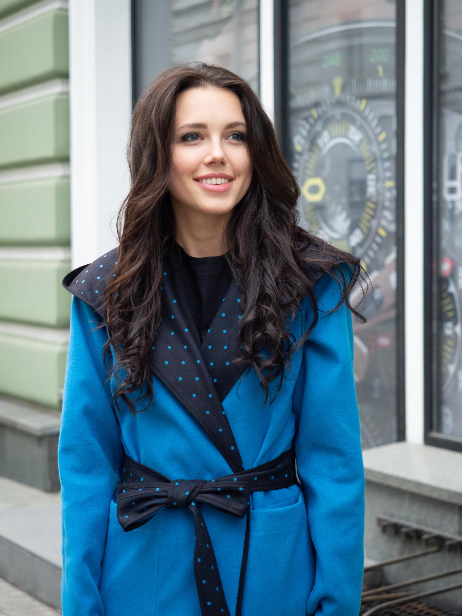 Двухстороннее пальто с капюшоном