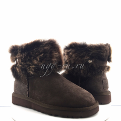 /collection/fox-fur-mini/product/ugg-valentina-chocolate