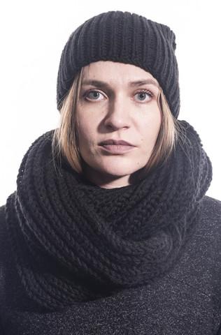 Шапка/шарф/комплект ручной вязки