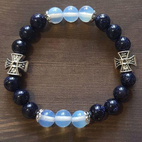 Браслет из натуральных камней: синий Авантюрин и Лунный камень 2 креста
