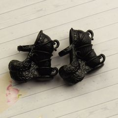 Обувь для Эвер Афтер Хай и Монстр Хай (коричневые)