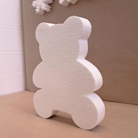 Медведь из пенопласта