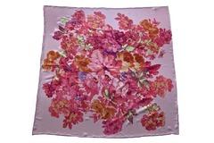Итальянский платок из шелка сиреневый с цветами 5428