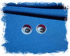 Глаза черные с ресницами