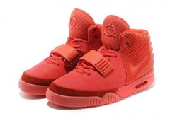 Nike-Air-Yeezy-2-by-Kanye-West-Red-October-Krossovki-Najk-Аir-Izi-2-Kan'e-Vest-Krasnye