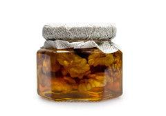 Грецкий орех в меду Столбушино, 130г