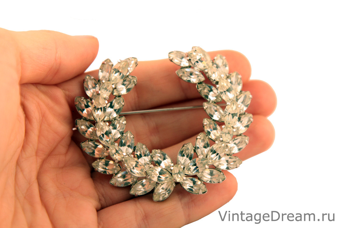 Элегантная брошь с кристаллами Christian Dior by Kramer