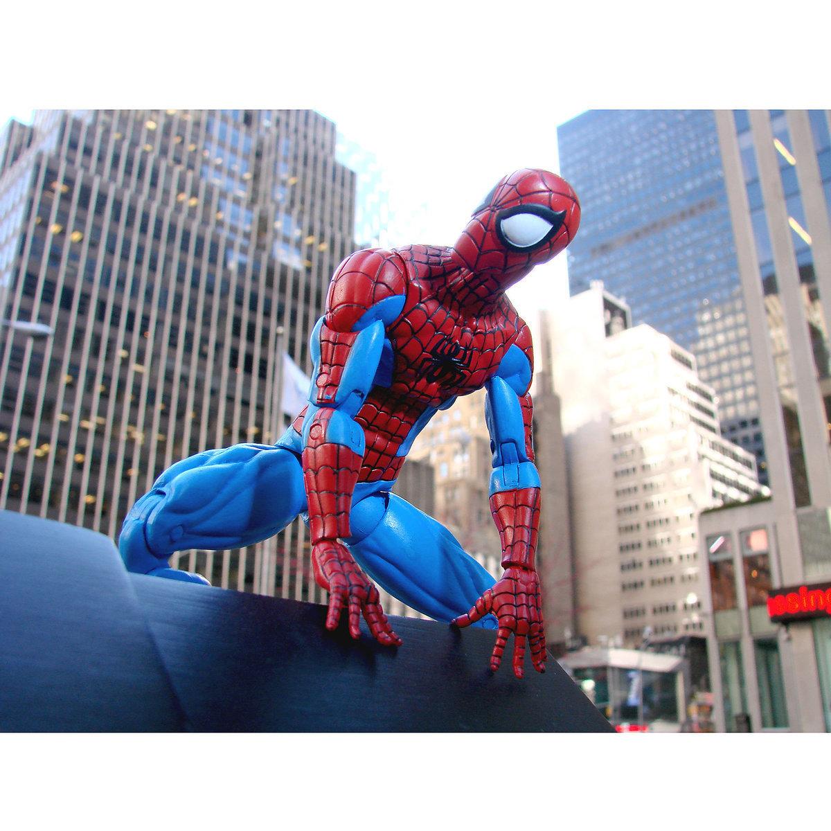 Человек Паук Disney Exlusive - Marvel Select