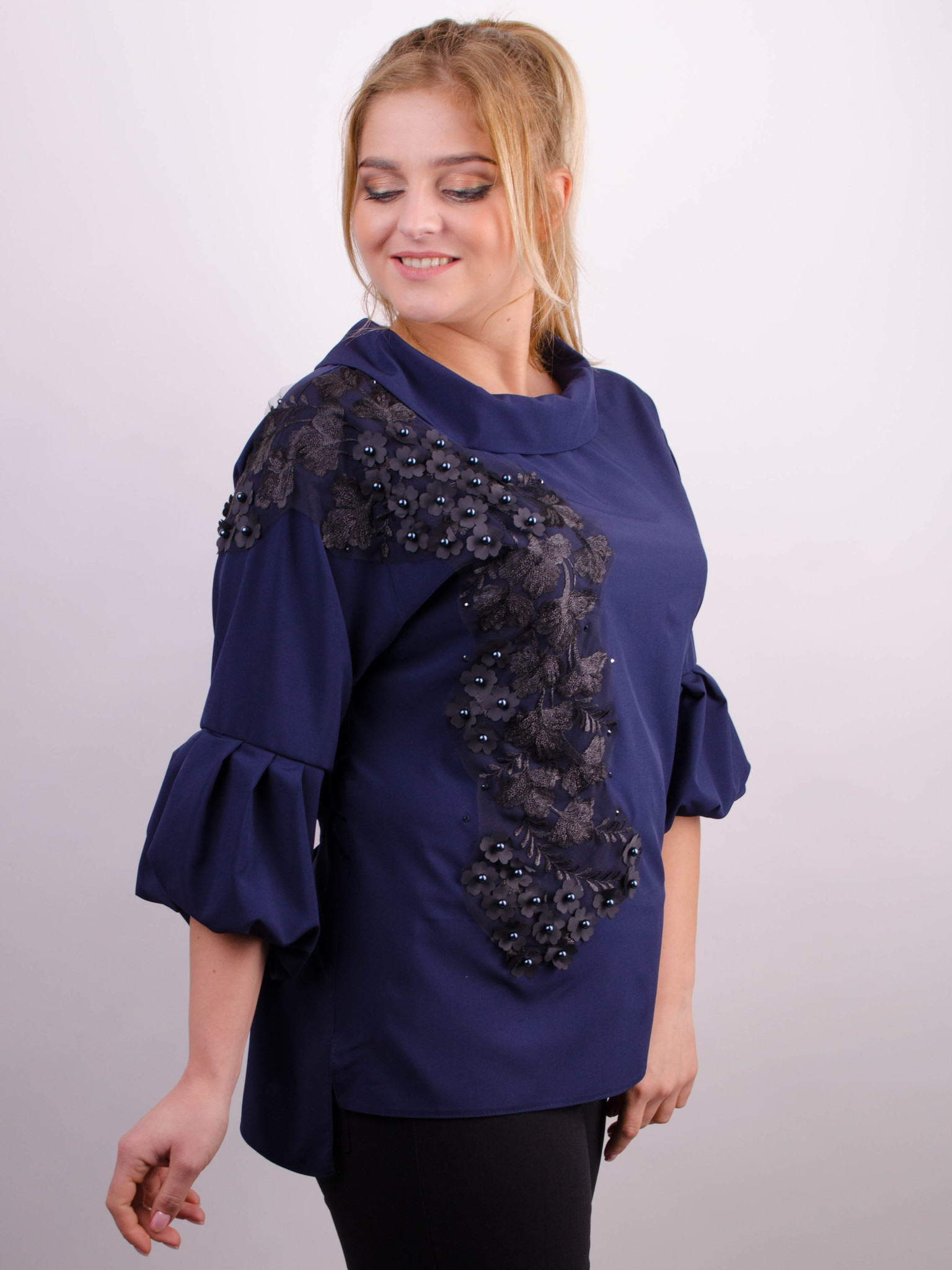 aabe50e43d9 Милана. Стильная блуза больших размеров. Синий. - купить по выгодной ...