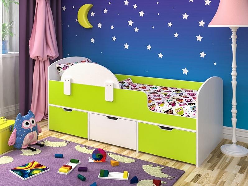 односпальная классическая кровать для детей