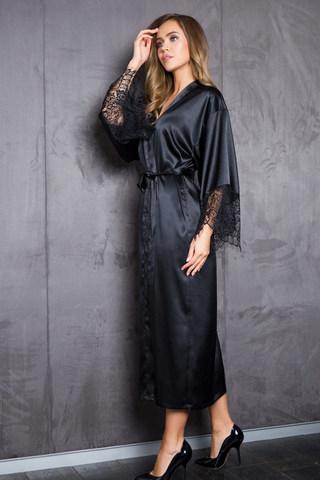Шелковистый халат женский черного цвета с кружевом