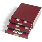 Элегантная деревянная кассета LIGNUM, на 20 круглых ячеек D 45 mm (CAPS39 1, 2 р. сербро, 50, 100, 200 р. золото),