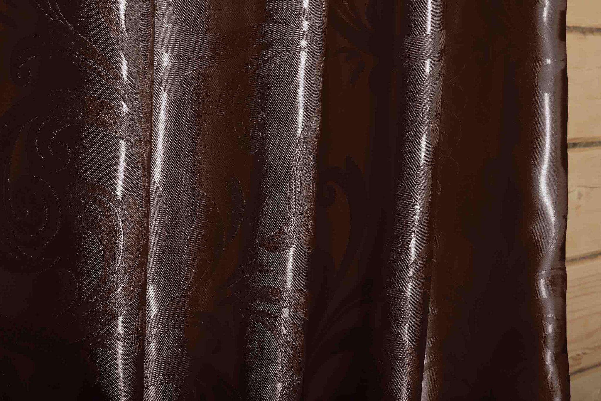 Валенсия (венге) .Готовая штора блэкаут жаккард с орнаментом в виде вензеля из шенила.