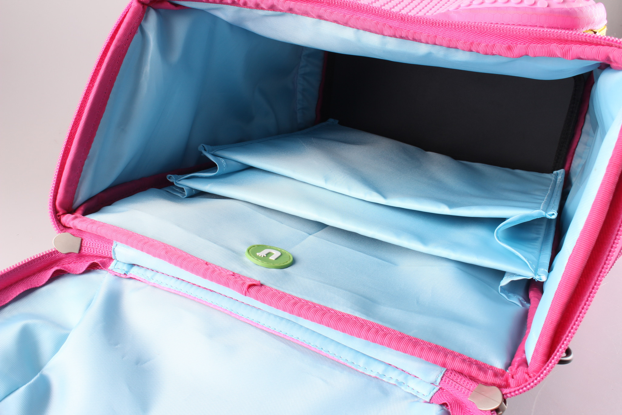 Школьный пиксельный рюкзак Super Class карманы внутри