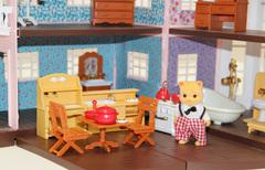 Трехэтажный домик Anbeiya family с семейкой котиков и мебелью