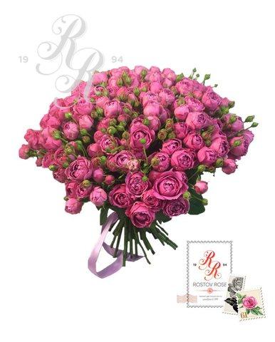 Букет кустовой пионовидной розы Мисти Баблс