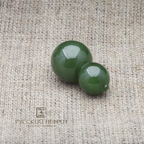 Бусина Тыква горлянка из зелёного нефрита.