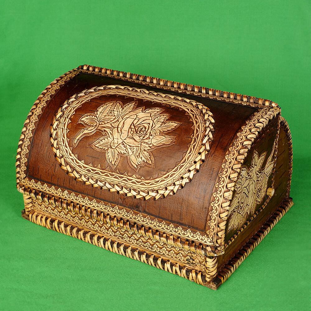 Хлебница из бересты с изображением Розы