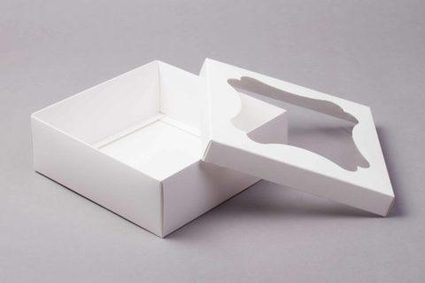 Коробка для десертов с окном, 20х20х7см