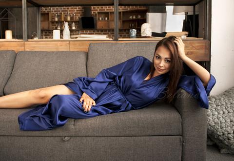 Женский шелковый халат длинный без кружева. Цвет синий