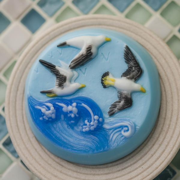 Пластиковая форма для мыла Море. Чайки