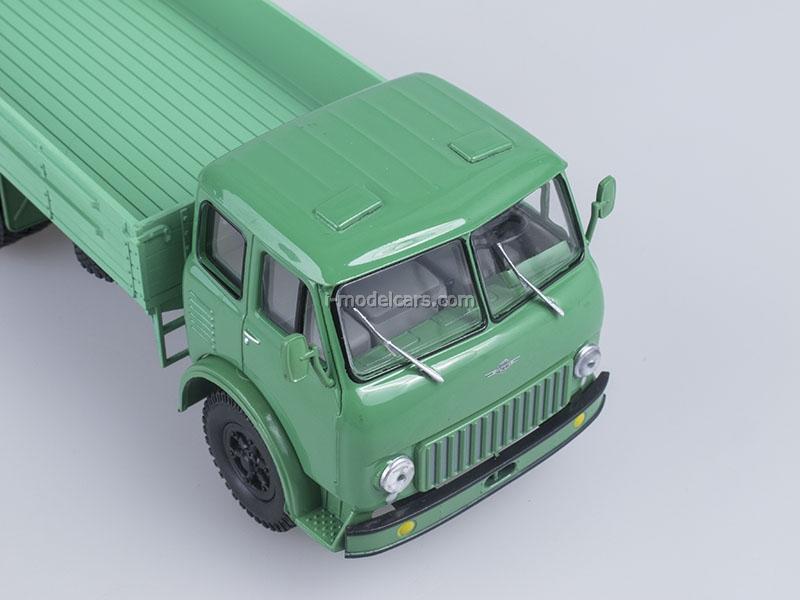 MAZ-500 board light green 1:43 Nash Avtoprom