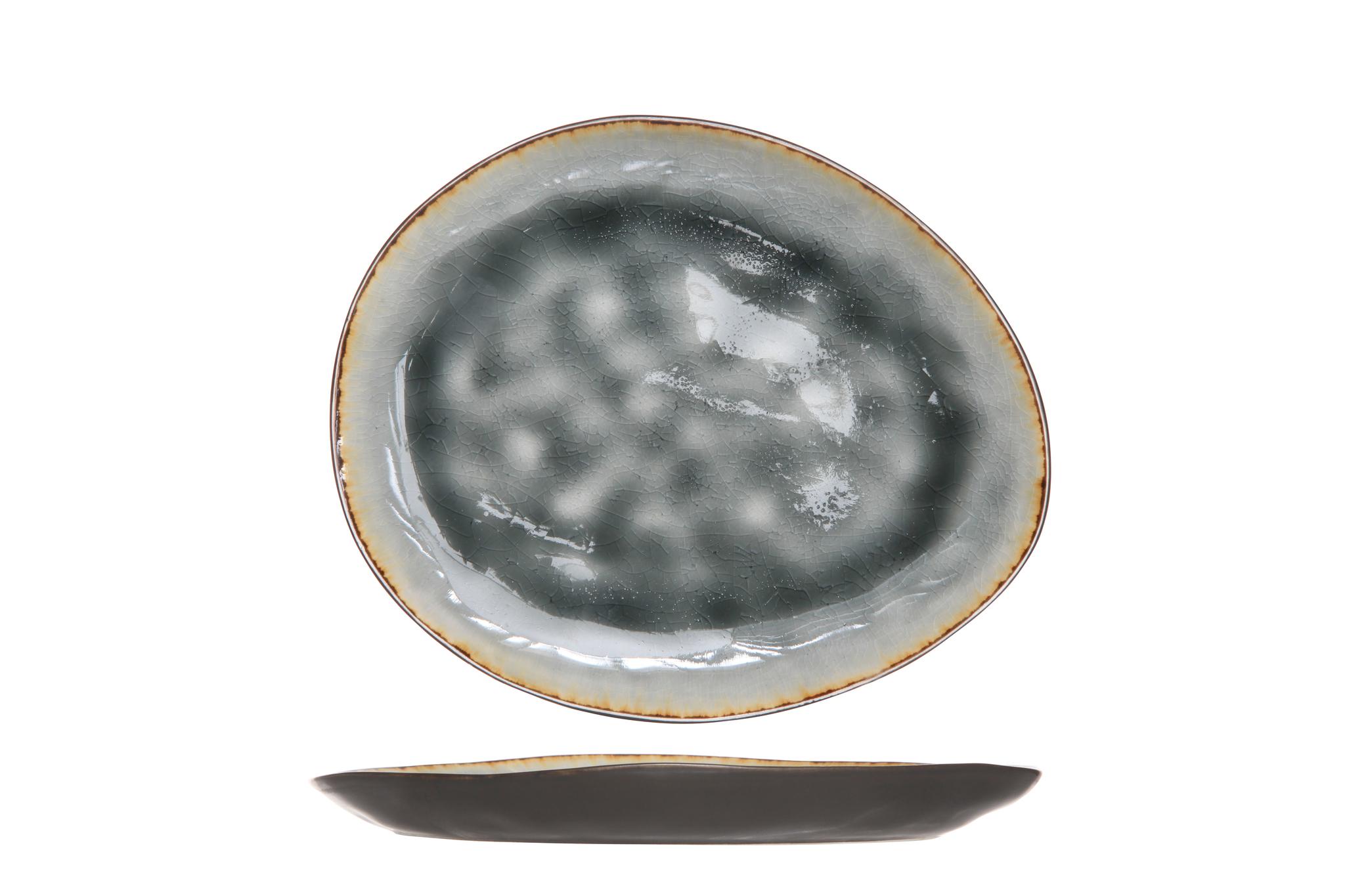 Тарелка овальная 19,5х16 см COSY&amp;TRENDY Laguna blue-grey 5556320Тарелки<br>Тарелка овальная 19,5х16 см COSY&amp;TRENDY Laguna blue-grey 5556320<br><br>Эта коллекция из каменной керамики поражает удивительным цветом, текстурой и формой. Насыщенный ярко-серый оттенок с волнистым рельефом погружают в прибрежную лагуну. Органические края для дополнительного дизайна. Коллекция Laguna Blue-Grey воссоздает исключительный внешний вид приготовленных блюд.<br>