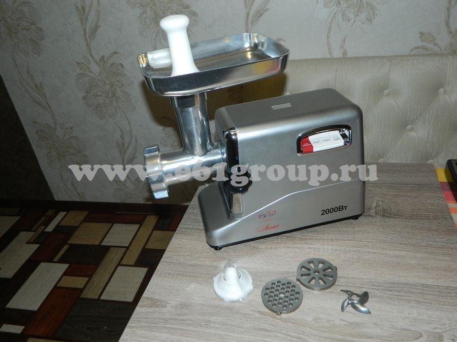 3 Мясорубка электрическая Комфорт Люкс Умница MЭ-2000Вт серебряный цвет корпуса цена