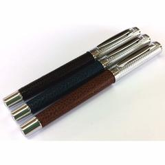 Перьевая ручка Ohto GIZA (черная, перо Fine)