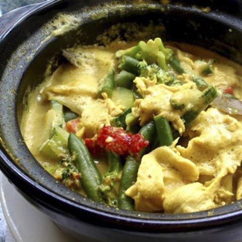 https://static-eu.insales.ru/images/products/1/2544/42945008/yellow_curry_Mr_tom_yum.jpg